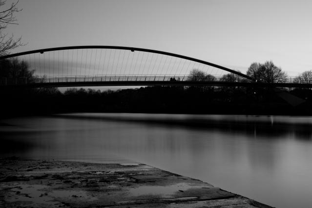 Millennium Bridge, 01 (Flickr).jpg