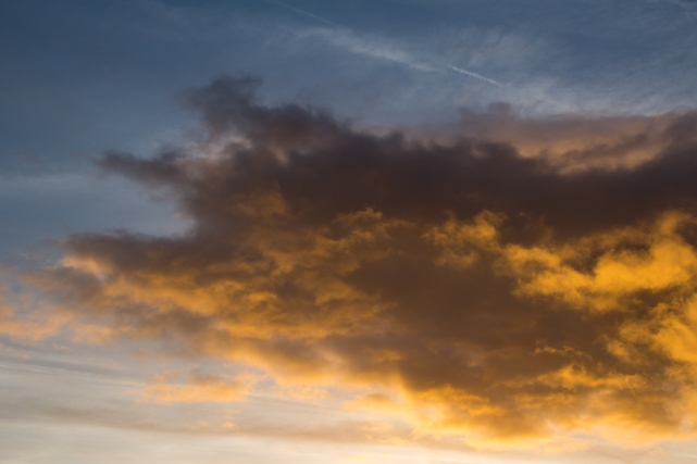Cloud at Sunset, 01 (Flickr).jpg