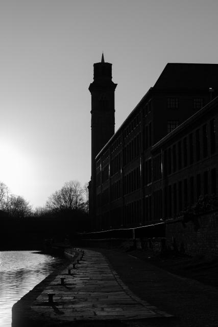 New Mill, Saltaire (Flickr).jpg