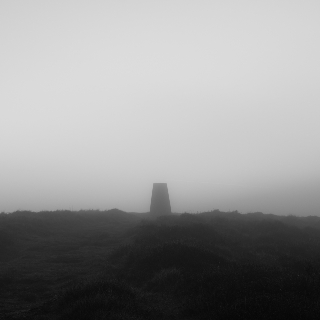 Trig Point, Skipton Moor, 01 (Flickr).jpg