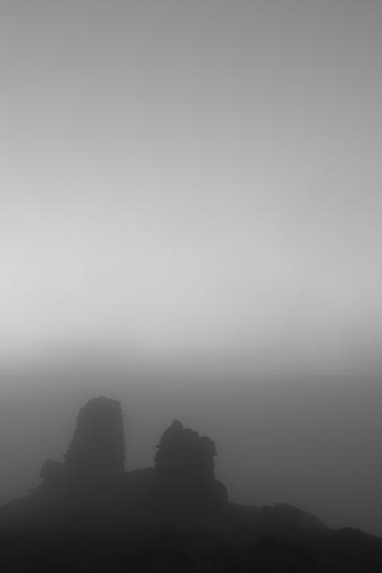 Two Cairns, Skipton Moor, 02 (Flickr).jpg