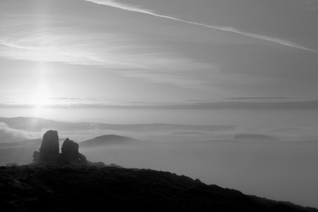 Two Cairns, Skipton Moor, 03 (Flickr).jpg