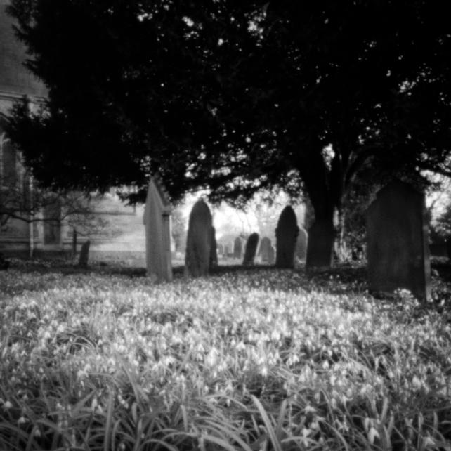 Heslington Church, Pinhole, 03 (Flickr).jpg